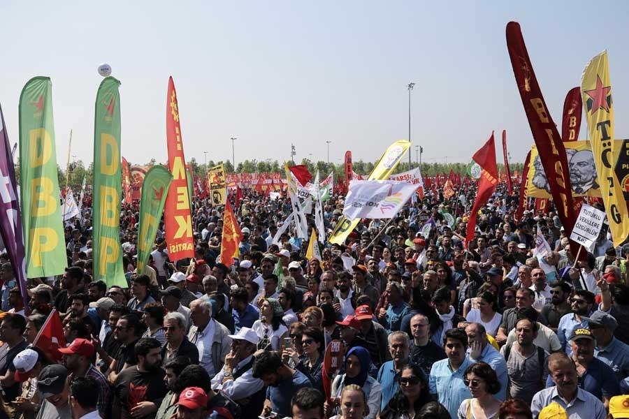 İstanbul 1 Mayıs'ı Maltepe'de: OHAL'e ve yasaklara karşı insanca yaşam