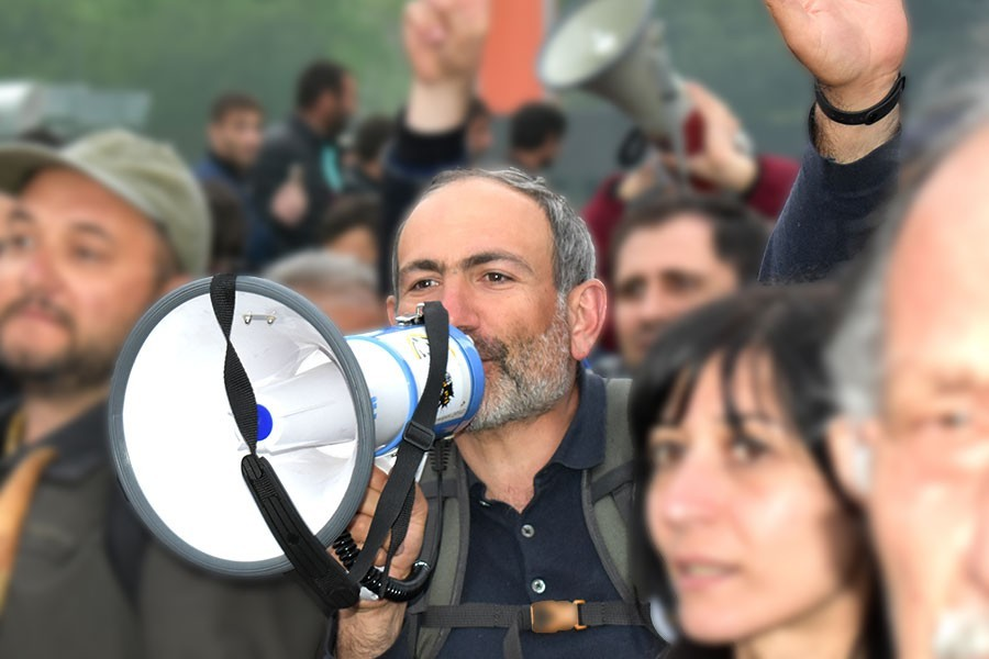 Paşinyan, Başbakanlık görevinden istifa etti