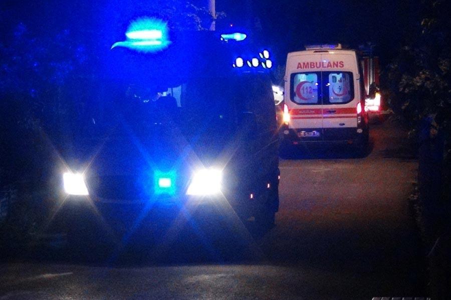 Bitlis'te polis minibüsü devrildi:16 yaralı