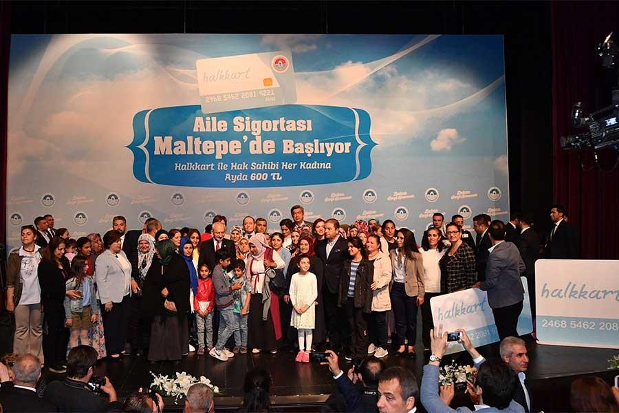 CHP, 'Aile Sigortası'nı Maltepe'de başlattı
