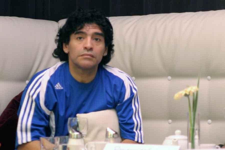 Mide kanaması teşhisi konulan Maradona taburcu oldu
