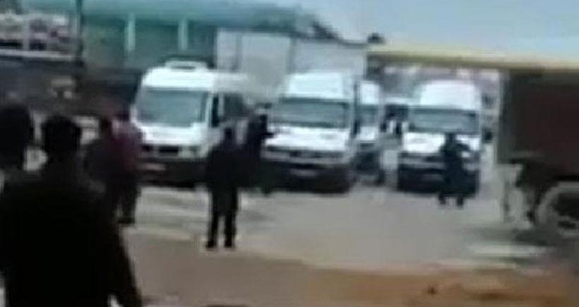 Özgecan'ın katilinin çalıştığı firmanın minibüsleri taşlandı