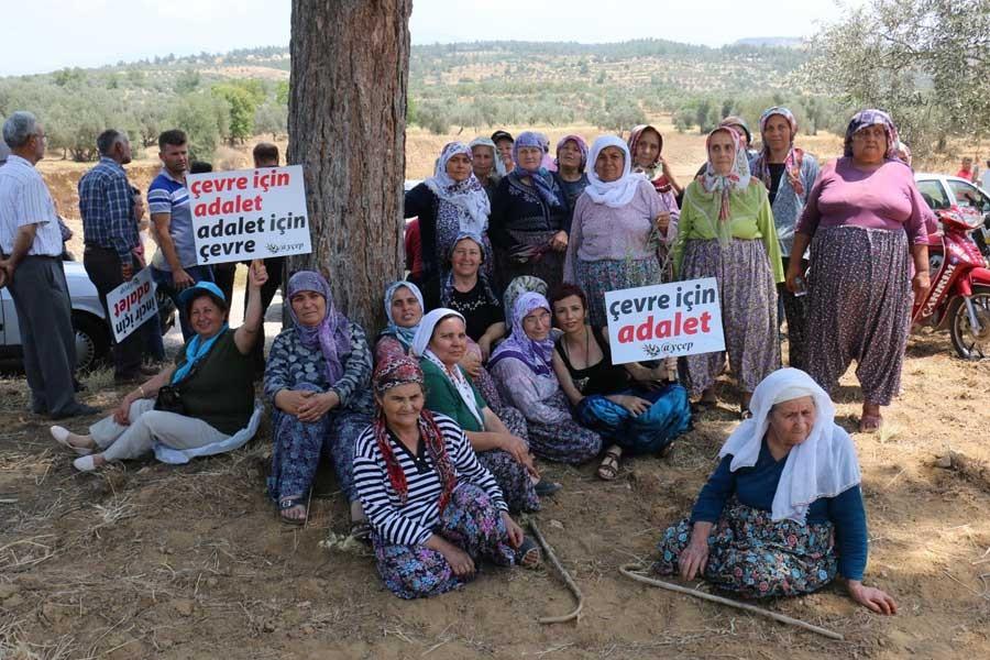 Jeotermal tesise tepki gösteren köylüler yol kapattı