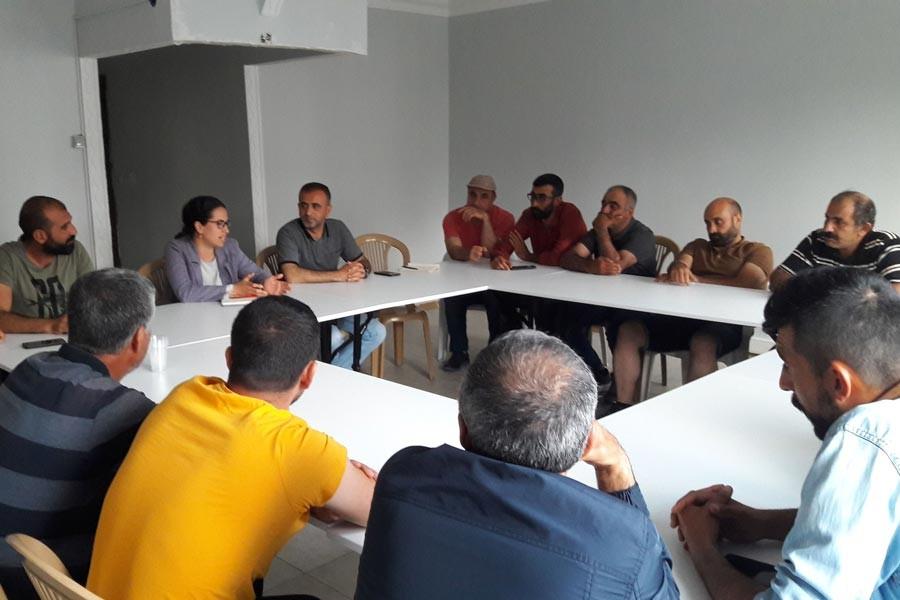 EMEP İstanbul İl Örgütü Esenyurt'ta inşaat işçileriyle toplantı yaptı