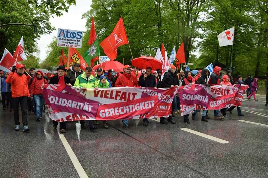 Dünya işçileri 1 Mayıs'a hazırlanıyor