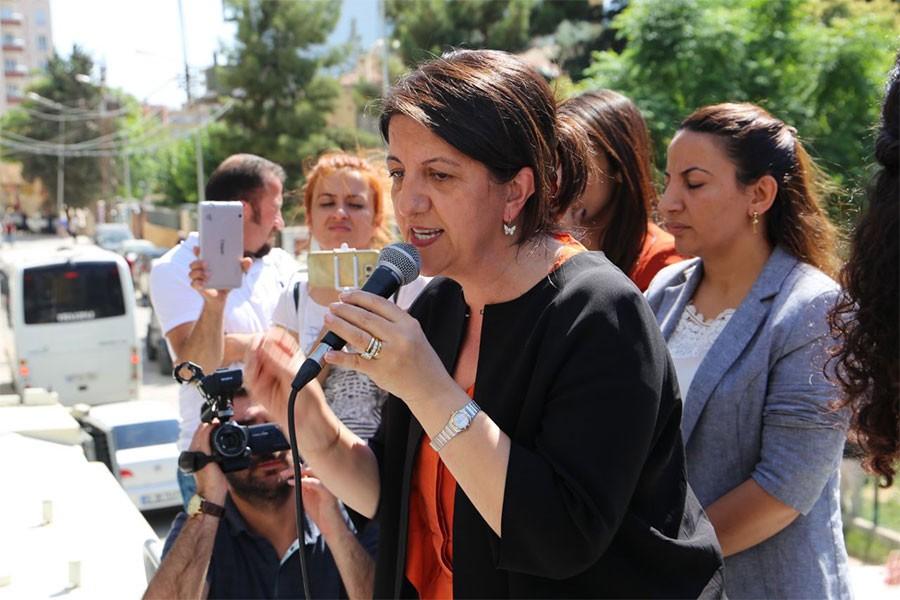 Buldan: 24 Haziran'da zalimlerle mazlumlar yarışacak
