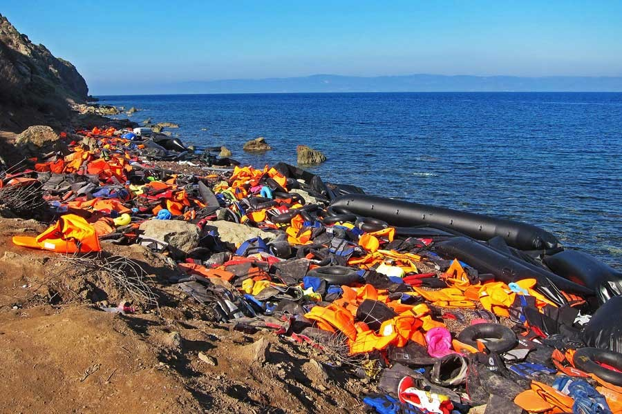 Fransa'da  'mülteci hakkı'  diyene gözaltı