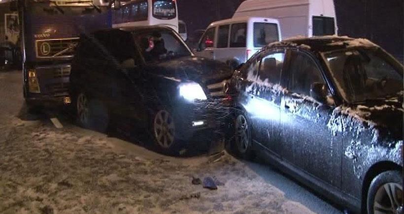İstanbul'da gece boyu 841 trafik kazası yaşandı