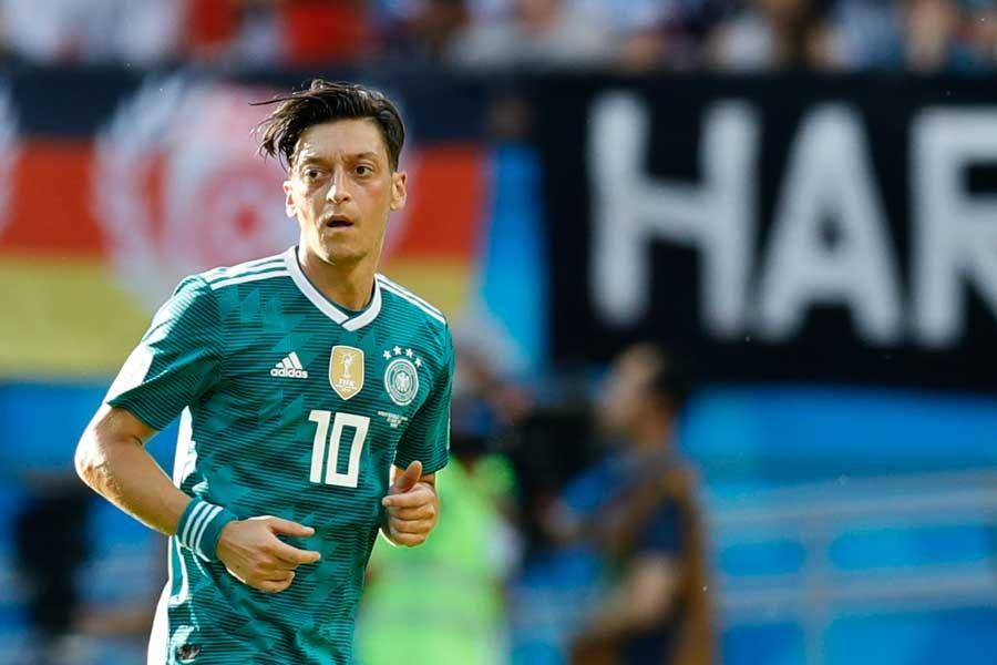 'Mesut Özil Almanya Milli Takımını bıraktı' iddiası
