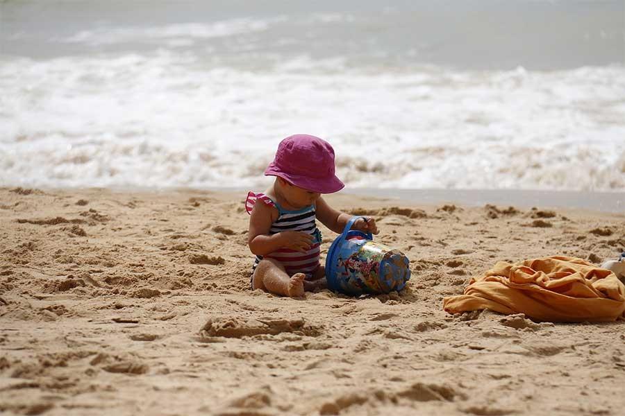 Çocukları güneş çarpmalarından nasıl koruyabiliriz?