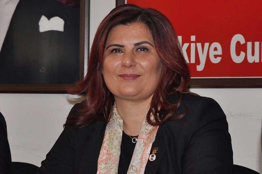 Özlem Çerçioğlu: Gelin elektriği ve suyu bedava yapalım