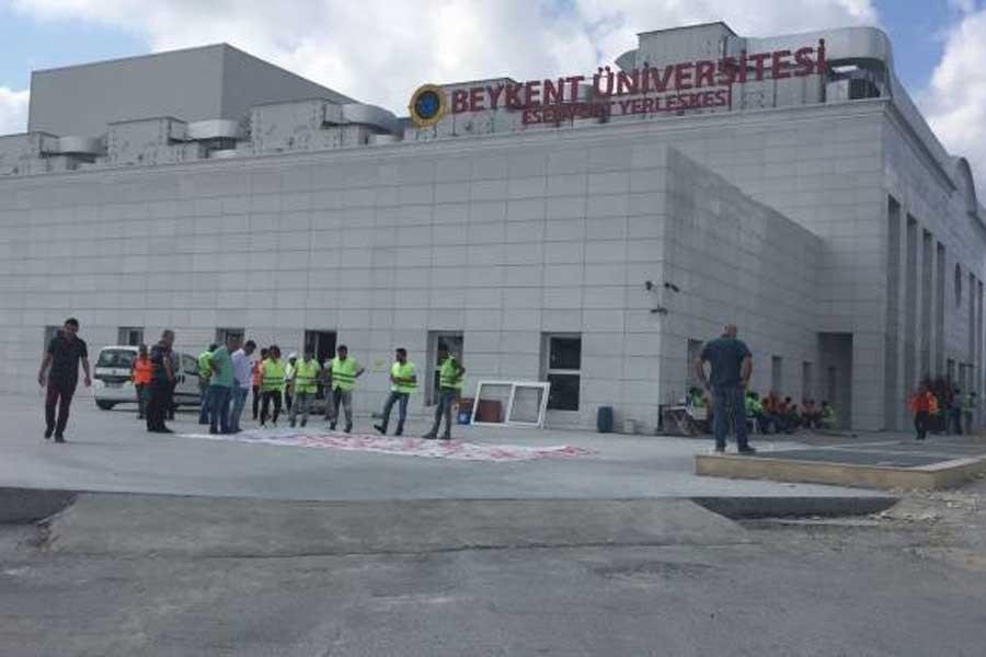 Beykent Üniversitesi kampüsünde işçiler iş bıraktı