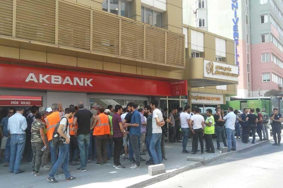 Beykent Üniversitesi işçileri patron temsilcileriyle görüştü
