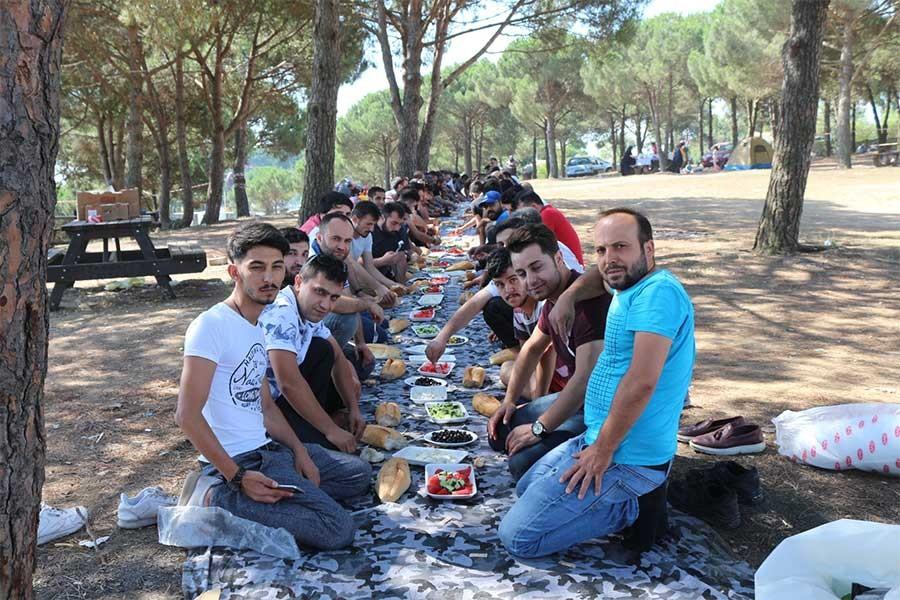 Nakış işçileri piknikte buluştu: Hedefimiz 3 bin lira taban ücreti