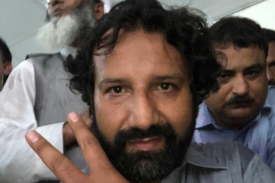 Pakistan'da tutuklanan Norveçli muhabir serbest bırakıldı