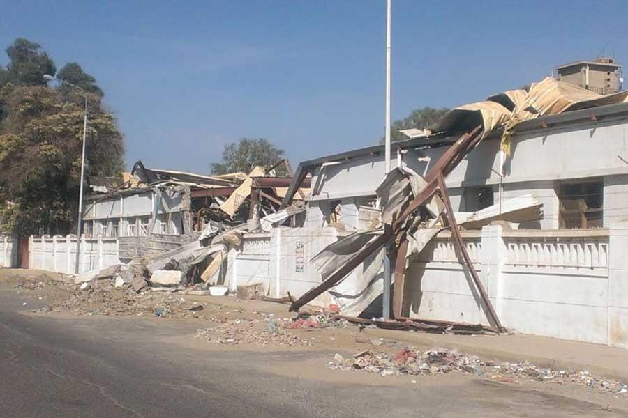 Hudeyde'de ateşkes sonrası kısa süreli çatışma yaşandı