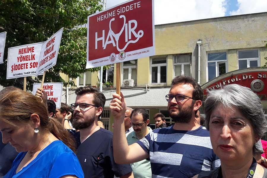 SAĞLIKTA ŞİDDET PROTESTOLARI