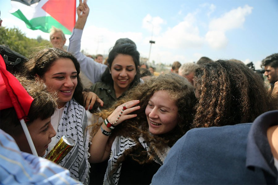 Ahed Tamimi serbest bırakıldı: İşgal bitene kadar direniş sürecek
