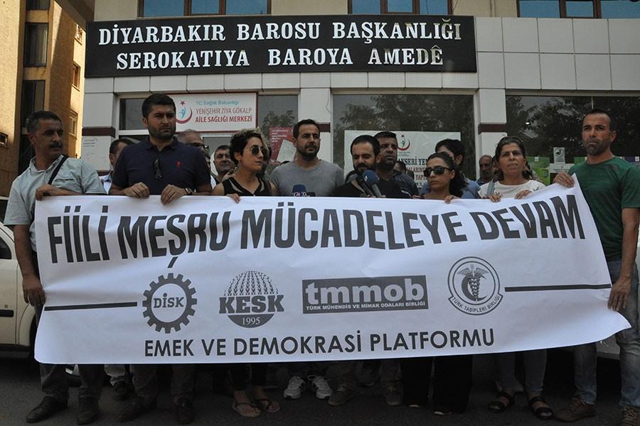 İhraç edilen KESK üyesi emekçilere verilen para cezasına tepki