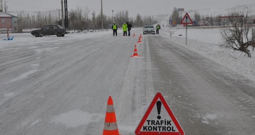 Karaman- Mersin karayolu ulaşıma kapandı