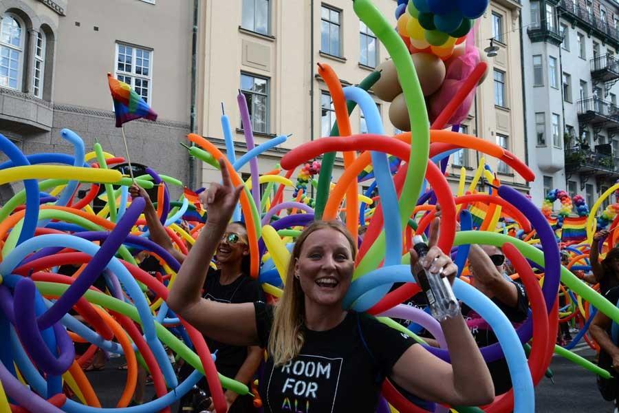 İzmir Valiliği, LGBTİ etkinliklerini yasakladı
