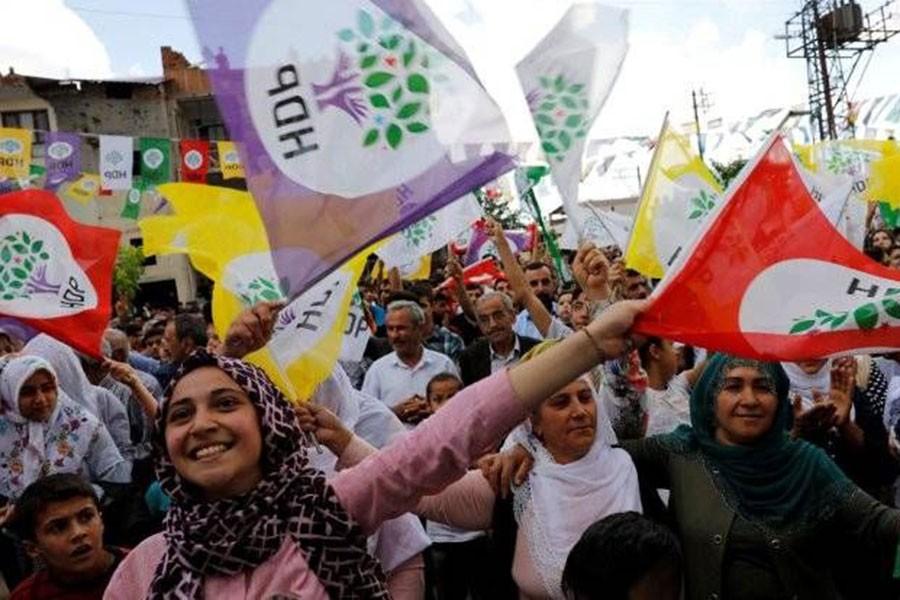 HDP'de İstanbul için Celal Doğan'ın adı geçiyor