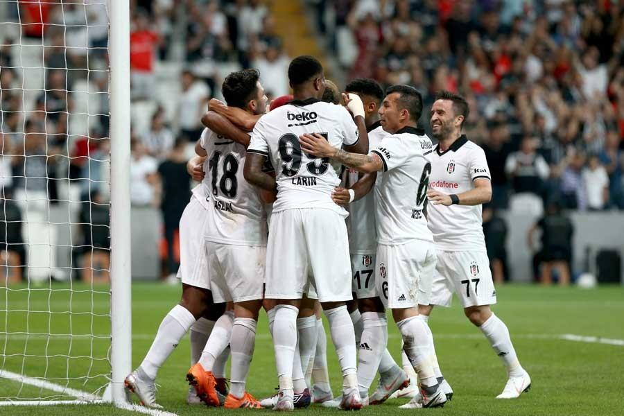 Beşiktaş, LASK Linz'i 1-0 yendi; Başakşehir, Burnley'le berabere kaldı