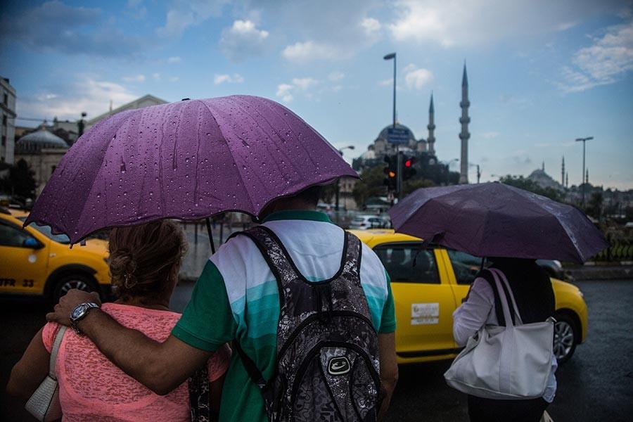İstanbul için sağanak uyarısı (10 Temmuz 2019)