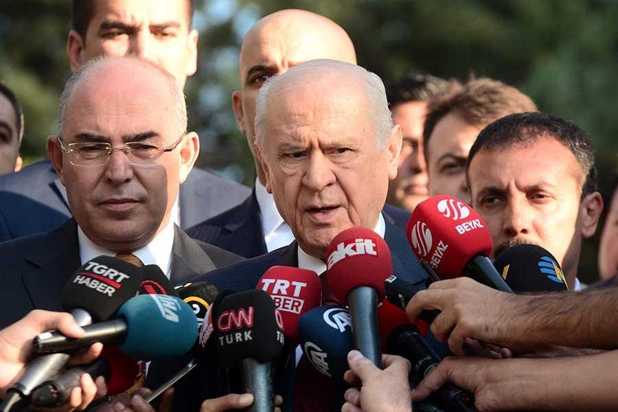 MHP lideri Bahçeli, Erhan Usta'yı görevden aldı