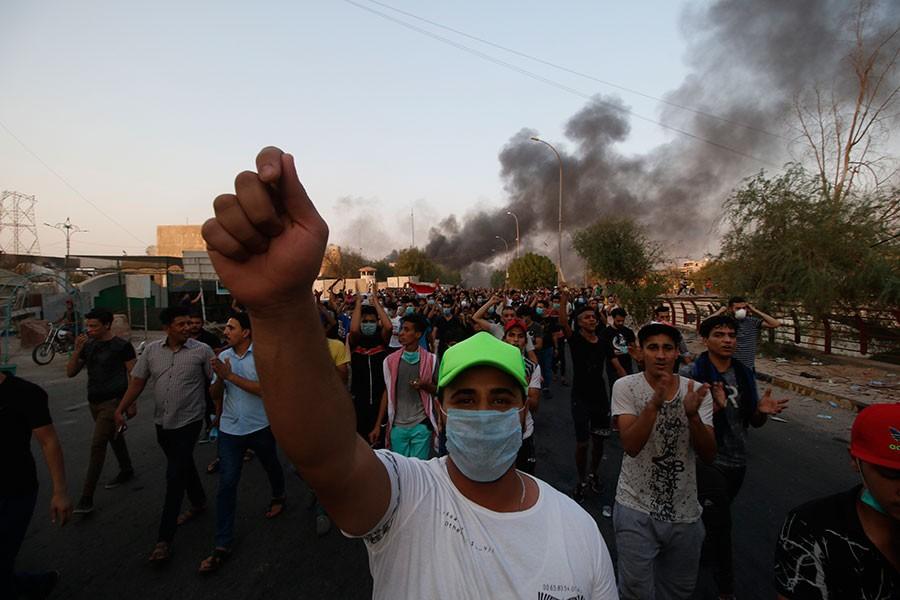 Basra'da gösteriler şiddetleniyor