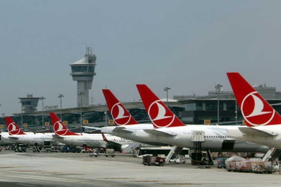 THY'nin Ankara-İstanbul seferini yapan uçağına yıldırım isabet etti