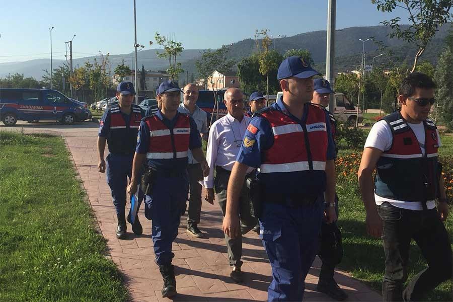 GAZETECİ DEMİR SERBEST BIRAKILDI