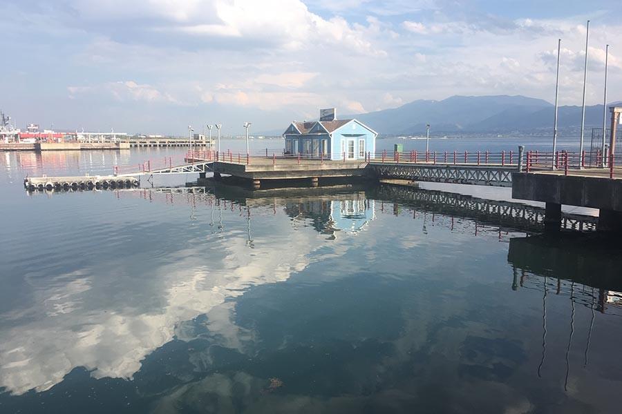 Kocaeli'de deniz 2 metre çekildi