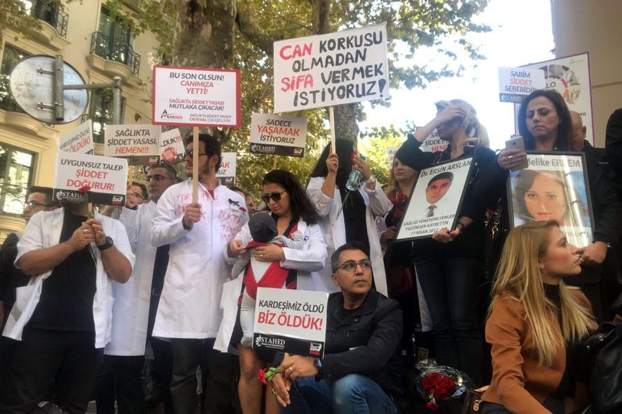 Kocaeli Derince'de hemşireyi darbeden saldırgan hakkında suç duyurusu