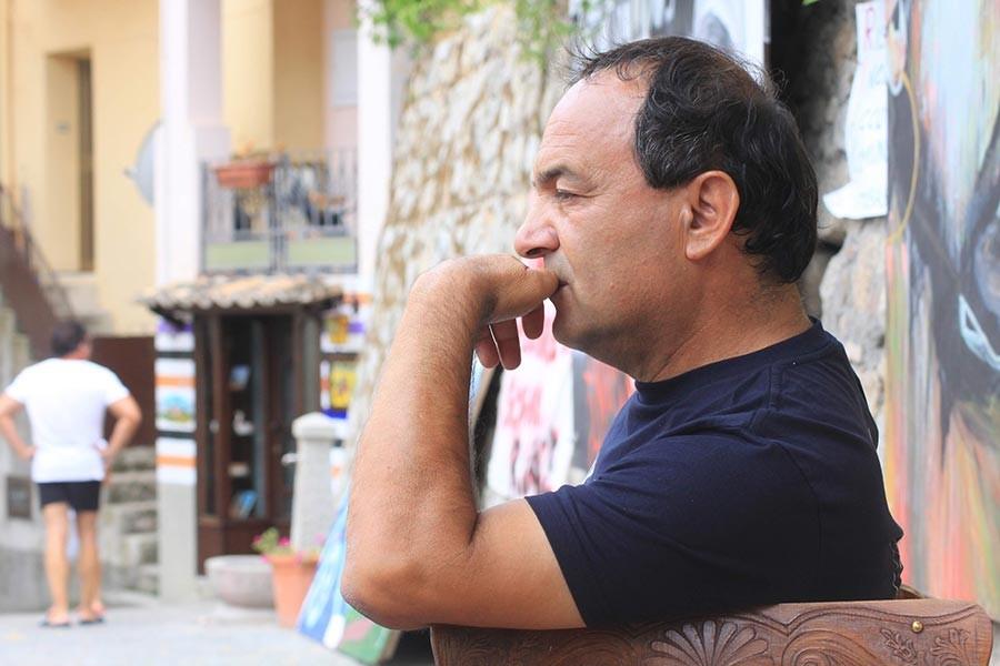 İtalya'da ev hapsine alınan belediye başkanına destek