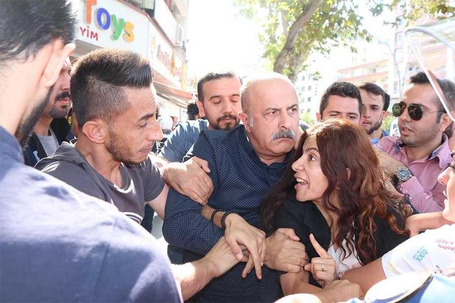 Ayşe Acar Başaran: 3 günde 140 HDP'li gözaltına alındı