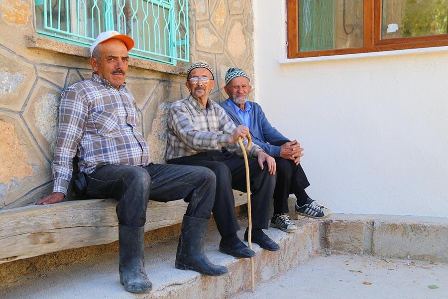 Konya'da Oduncu Mahallesinin en genci 50 yaşında