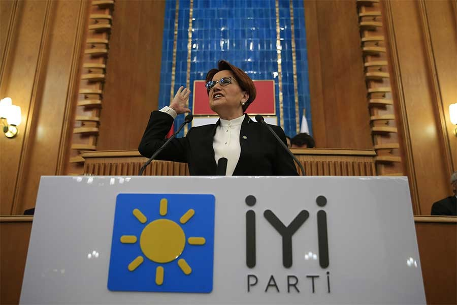 Meral Akşener: Milletten alıp tek adama veriyorlar