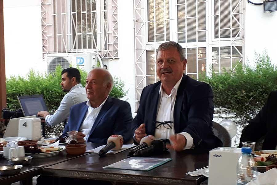 Sefa Taşkın, İzmir adaylığını açıkladı: Yemyeşil bir İzmir düşlüyoruz