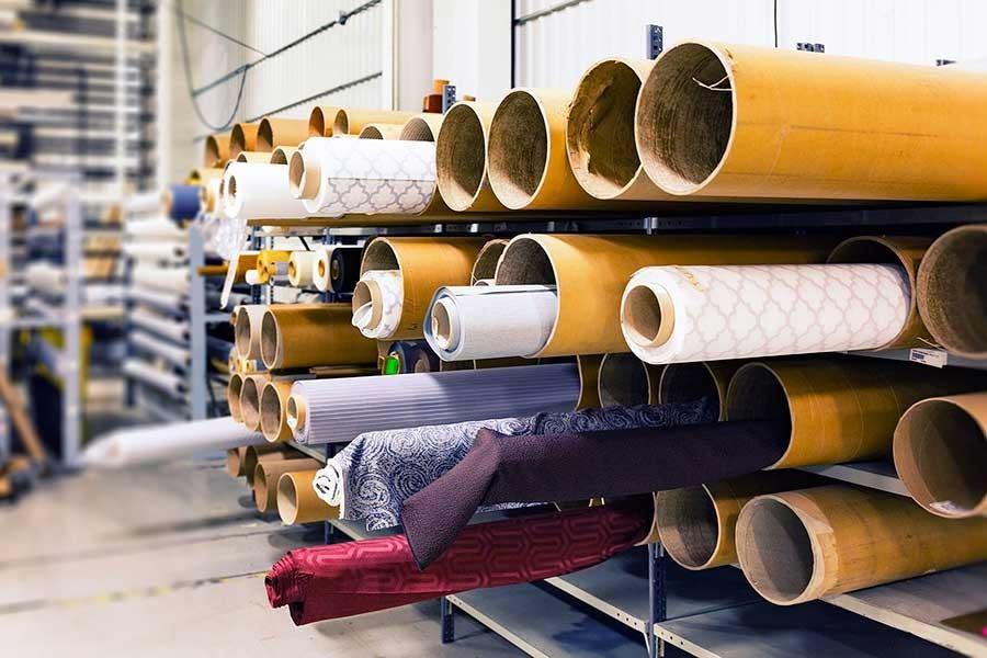 İzmir'de kapanan Güçbirliği Tekstil işçileri alacaklarını istiyor