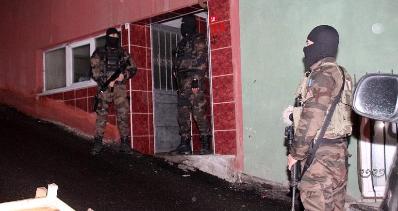 İstanbul'da ev baskınları