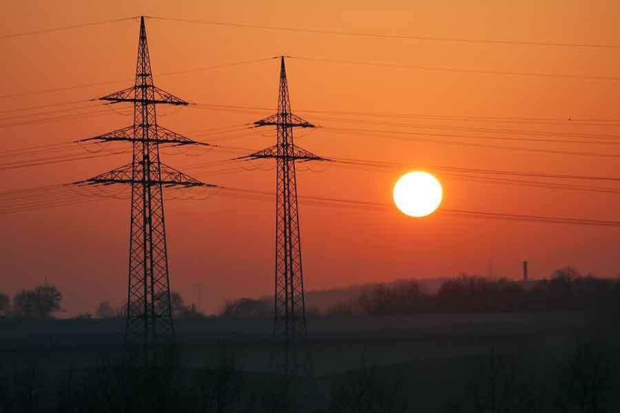 Irak'ın enerjisi uluslararası tekellere teslim