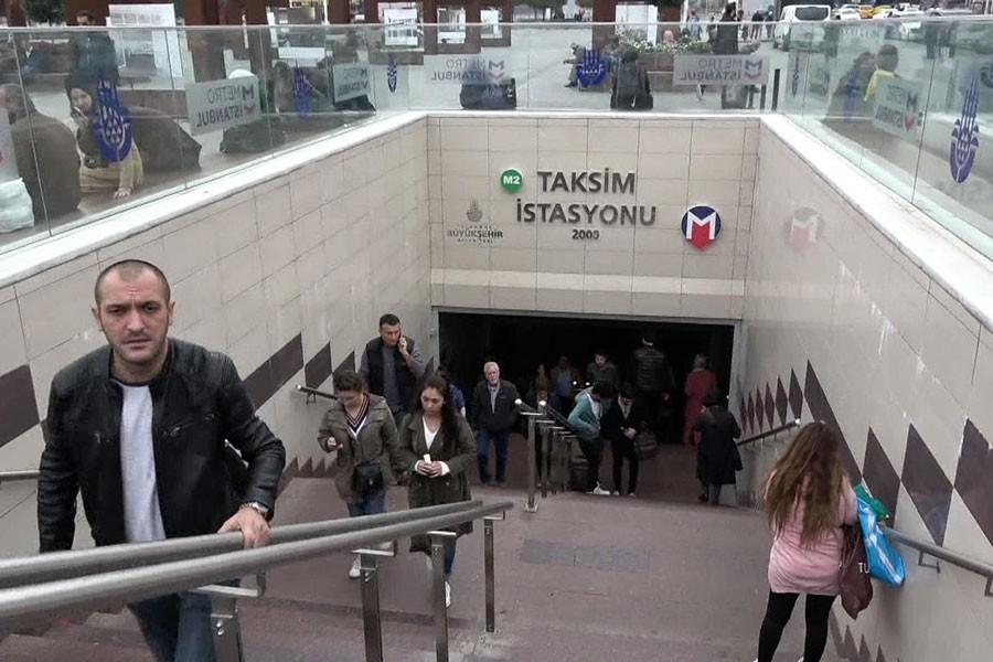 Yenikapı Hacıosman metro seferlerinde aksama yaşandı