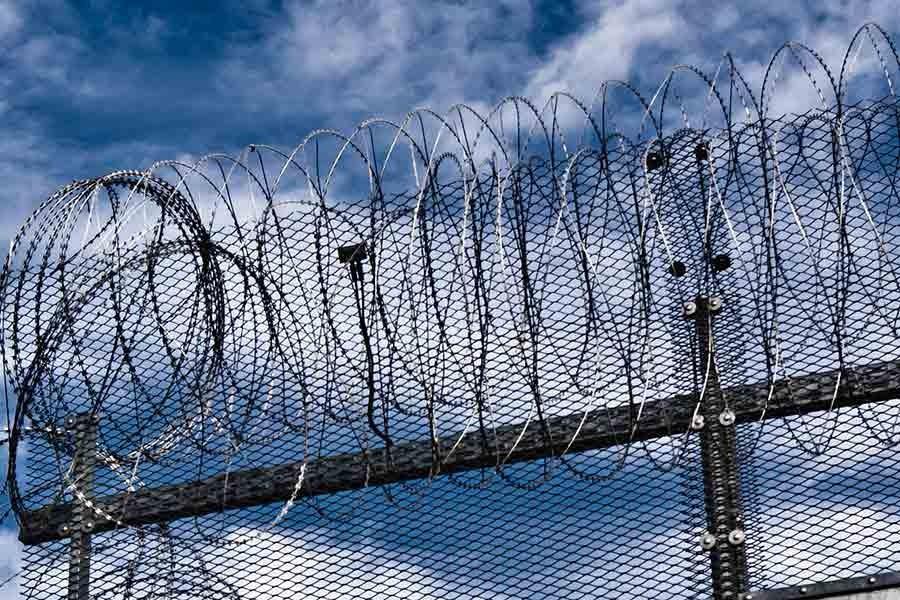 743 çocuk işlemediği suçlardan dolayı cezaevinde