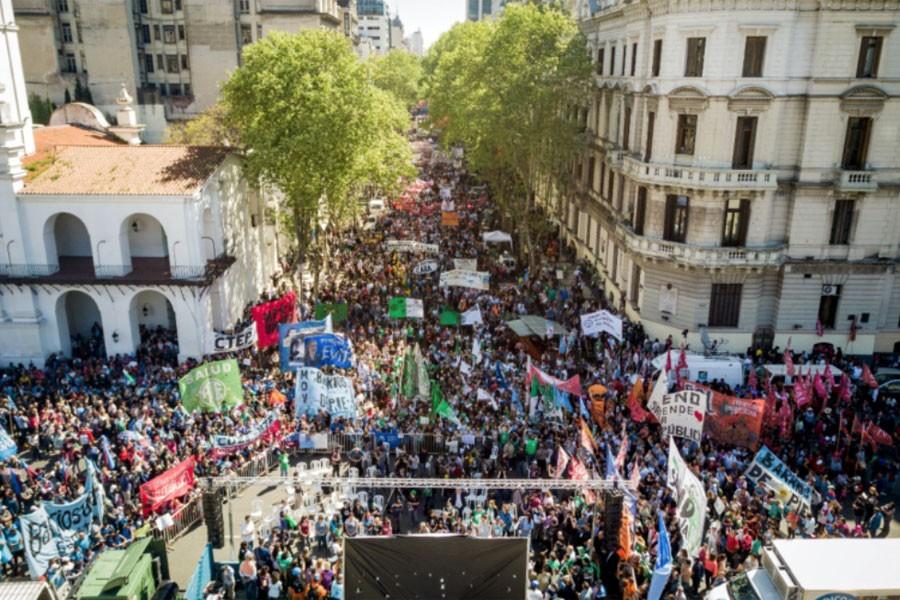 Arjantin'de IMF bütçesine karşı dördüncü genel grev yapıldı