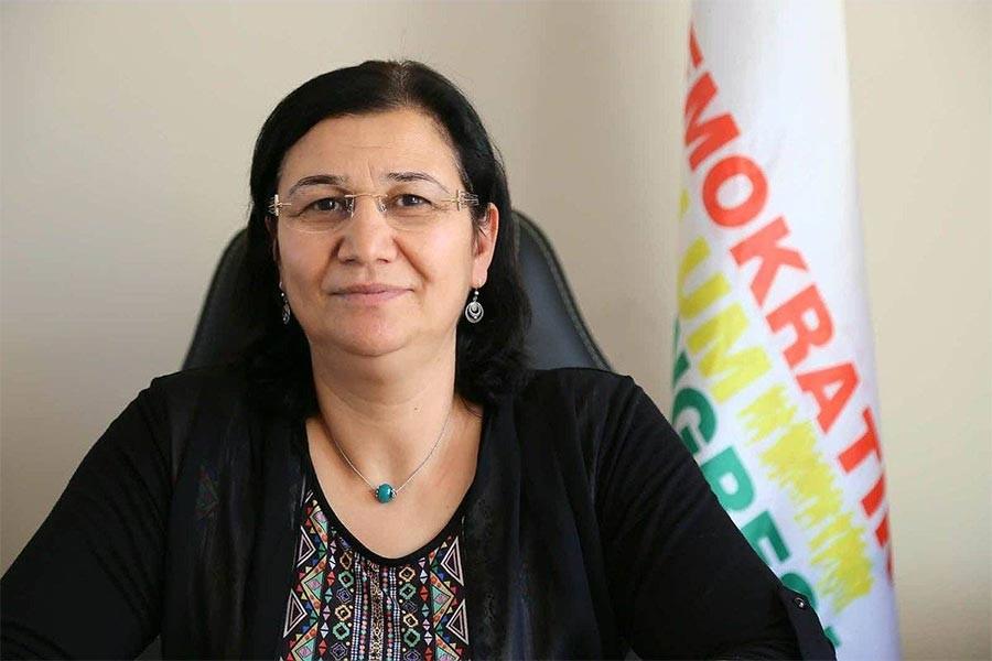 'Tutuklu milletvekili  ayıbına son verilsin'