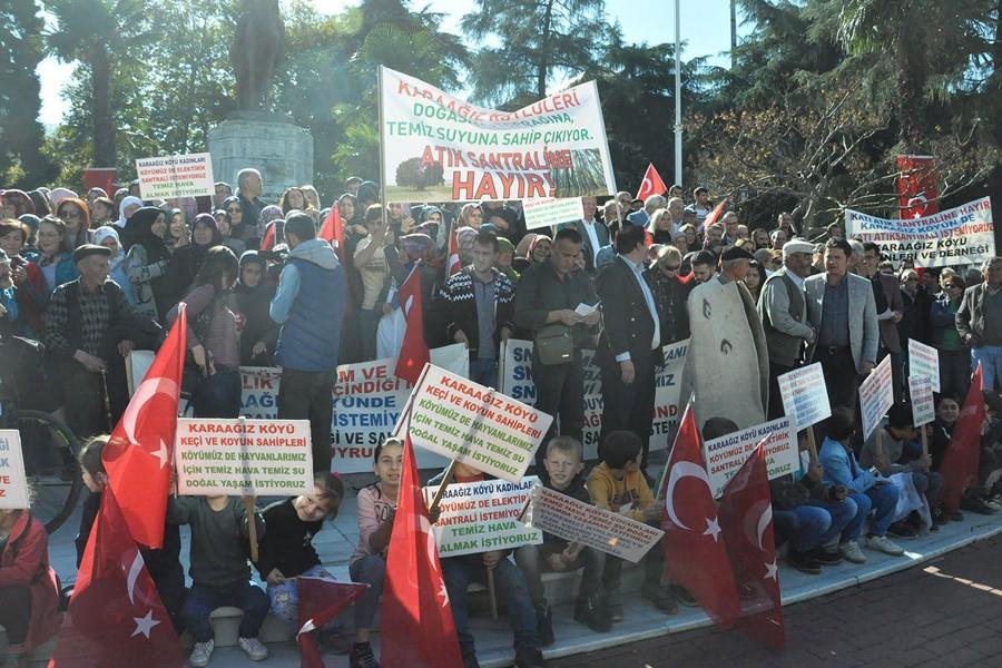 Santrale direnen Karaağız köylüleri Bursa'da eylem yaptı