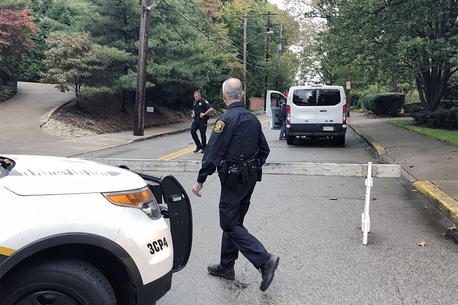 ABD'de bir sinagoga silahlı saldırı: 11 ölü