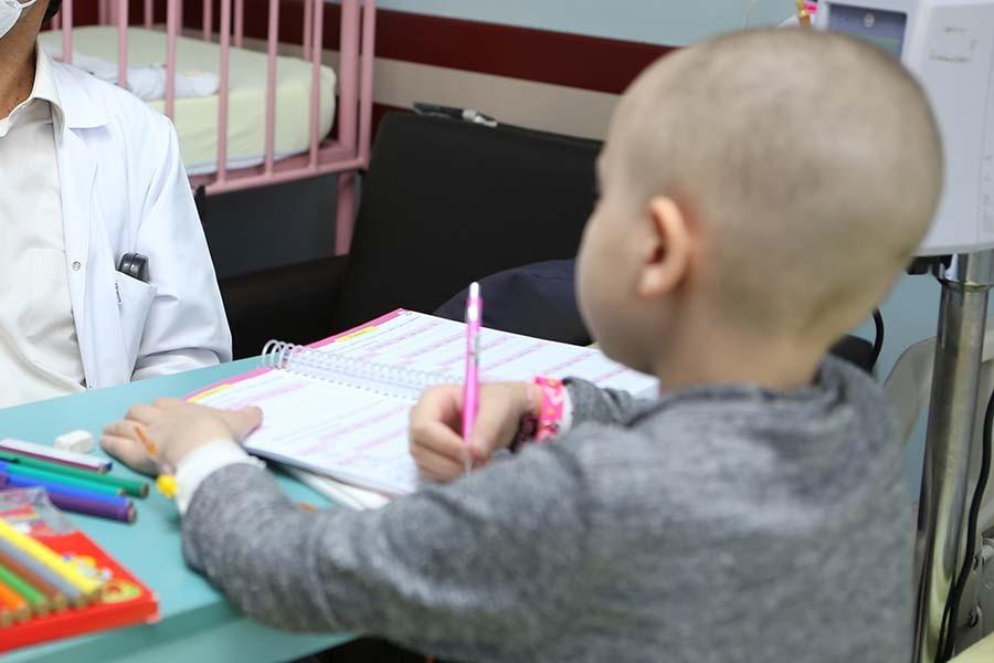 2-8 Kasım Lösemili Çocuklar Haftası: Lösemi'nin tedavi şansı yüzde 80