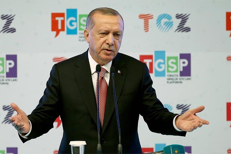 Erdoğan'dan öğrencilere: Burs değil kredi al; bedavacılığa alışma